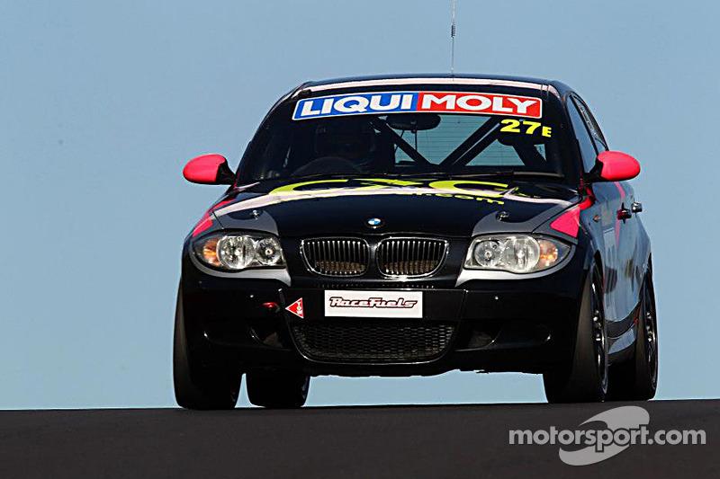 #27 BMW 130i: Allan Shephard, Justin Garioch, Dylan Thomas