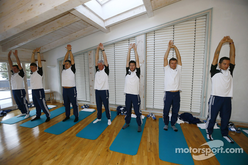 Drivers do yoga