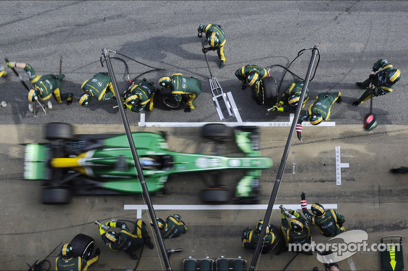 Charles Pic, Caterham CT03 oefent een pitstop