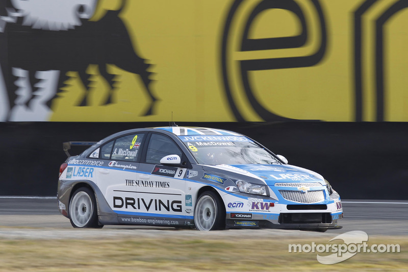 Alex MacDowall, Bamboo Engineering Chevrolet Cruze 1.6 T