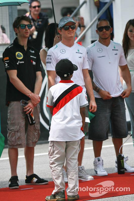 Nico Rosberg, Mercedes AMG F1 W04 e Sebastian Vettel, Red Bull Racing RB9