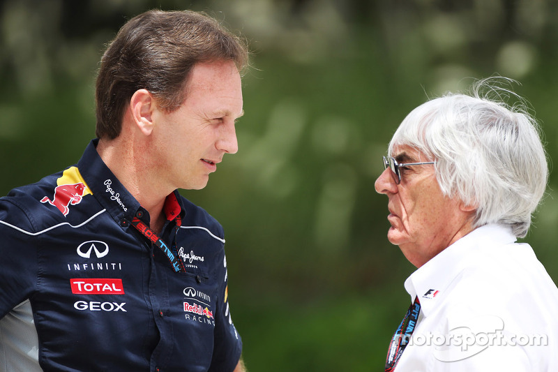 (L naar R): Christian Horner, Teambaas Red Bull Racing met Bernie Ecclestone, CEO Formula One Group