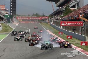 Spanish GP race start on Circuit de Catalunya in Barcelona, 2013