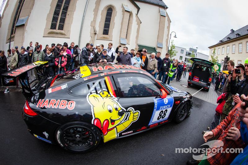 #88 Haribo Racing Team Porsche 911 GT3 Cup (SP7)
