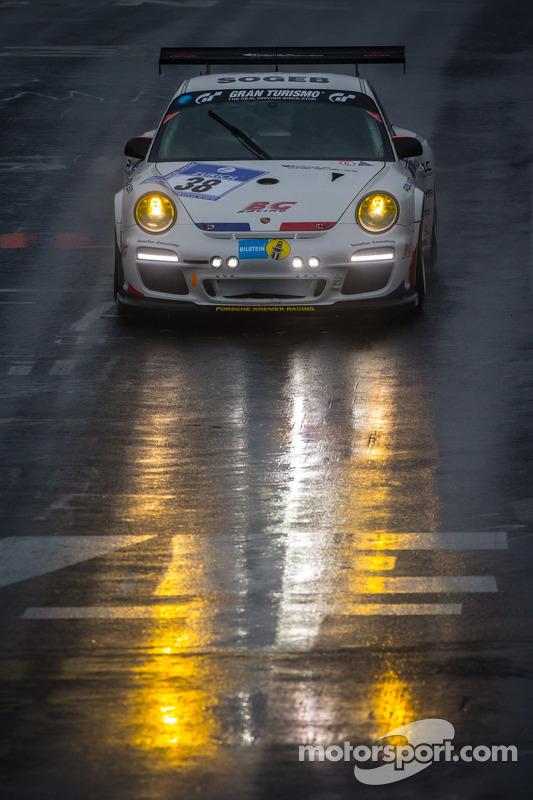 #38 Kremer Racing Porsche 997 GT3 (SP7): Pascal Bour, Franck Bulté, Jean-Luc Deblangey, Patrick Henry