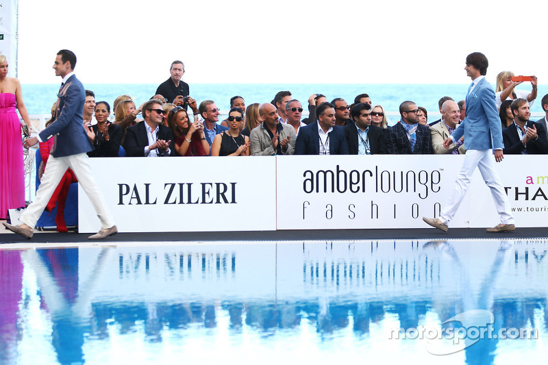 Adrian Sutil, Sahara Force India F1 en Esteban Gutierrez, Sauber bij de Amber Lounge Fashion Show