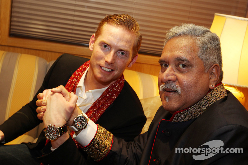 (L to R): Jordy Cobelens, CEO TW Steel with Dr. Vijay Mallya, Sahara Force India F1 Team Owner at th