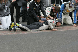 Ganador de la carrera Tony Kanaan