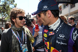 Mark Webber, Red Bull Racing com Valentino Rossi, Moto GP Rider no grid