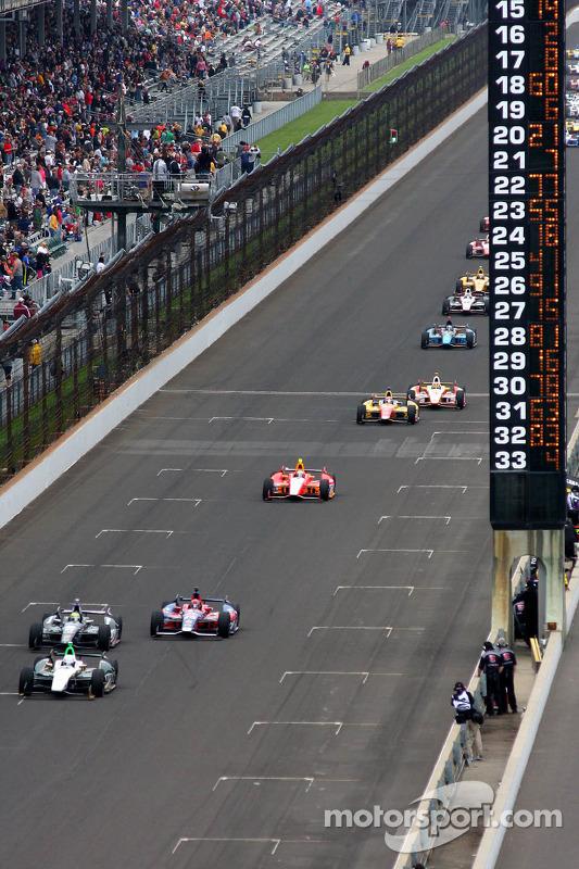 Ed Carpenter, Ed Carpenter Racing Chevrolet lidera a primeira volta