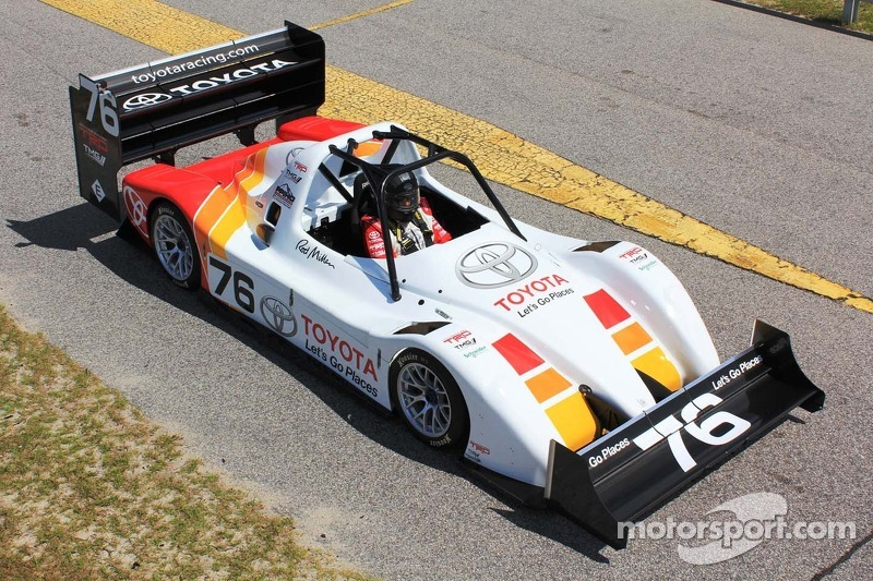 Toyota teste la TMG EV 002
