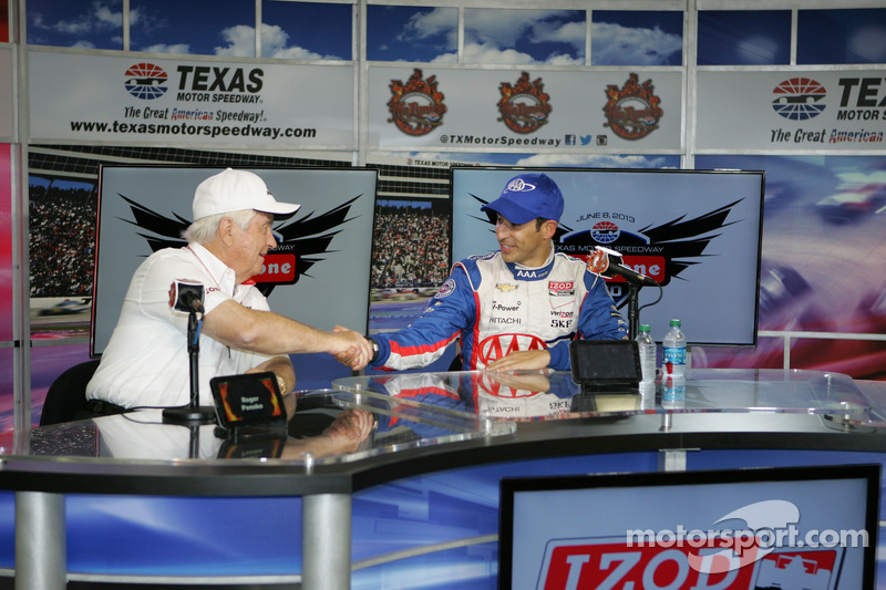 Roger Penske and race winner Helio Castroneves