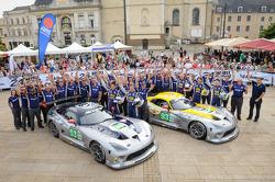 #53 SRT Motorsports Viper SRT GTS-R: Ryan Dalziel, Dominik Farnbacher, Marc Goossens,#93 SRT Motorsports Viper SRT GTS-R: Jonathan Bomarito, Tommy Kendall, Kuno Wittmer