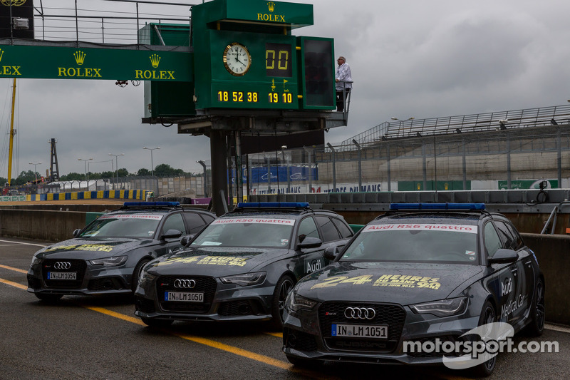 Audi support vehicles