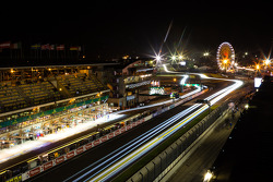 Night lights at Le Mans