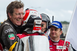 Tom Kristensen and Allan McNish with Ralf Jüttner