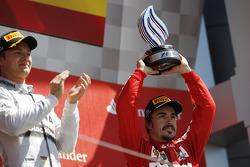 Fernando Alonso Ferrari viert zijn 3e plaats op het podium