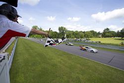 Johnny O'Connell, Cadillac CTS-V.R takes the win