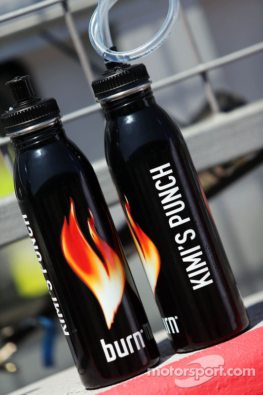 Drinks bottles for Kimi Raikkonen, Lotus F1 Team
