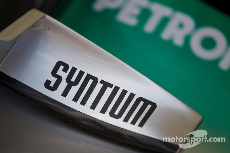Mercedes MGP W02 detail