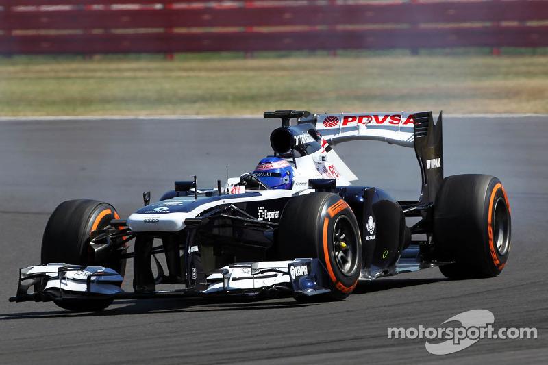 Susie Wolff, Williams FW35 Development Driver locks up under braking