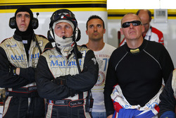 Team IMSA pits
