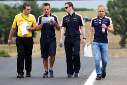 Valtteri Bottas, Williams caminha no circuito