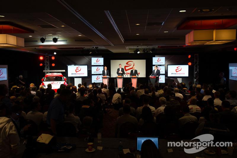American Le Mans Series President en CEO Scott Atherton, GRAND-AM President en CEO Ed Bennett, SME Branding Ed O'Hara