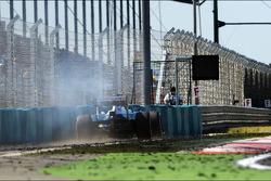 Valtteri Bottas, Williams FW35 fora da corrida