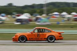 #71 1973 Porsche 911RSR: Byron DeFoor