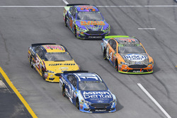 Danica Patrick, Stewart-Haas Racing Ford, Matt DiBenedetto, GO FAS Racing Ford, Kevin Harvick, Stewart-Haas Racing Ford y David Ragan, Front Row Motorsports, Ford Fusion
