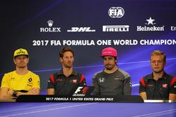 Soldan sağa: Nico Hulkenberg, Renault Sport F1 Team, Romain Grosjean, Haas F1, Fernando Alonso, McLaren ve Kevin Magnussen, Haas F1, Basın Toplantısı