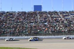Brad Keselowski, Team Penske Ford, Cole Whitt, TriStar Motorsports Chevrolet