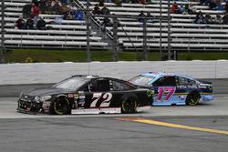 Коул Уайт, TriStar Motorsports Chevrolet и Рики Стенхаус-мл., Roush Fenway Racing Ford