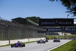 Pierre Gasly, Scuderia Toro Rosso STR12, Marcus Ericsson, Sauber C36, Brendon Hartley, Scuderia Toro Rosso STR12