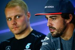 Fernando Alonso, McLaren, Valtteri Bottas, Mercedes AMG F1, in the drivers press conference