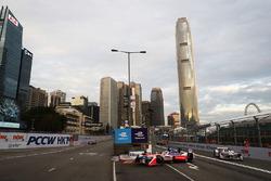 Felix Rosenqvist, Mahindra Racing, leads Neel Jani, Dragon Racing