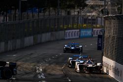 Maro Engel, Venturi Formula E, leads Nicolas Prost, Renault e.Dams