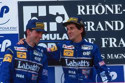 Podio: ganador de la carrera Alain Prost, segundo lugar Damon Hill