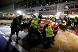 Pit stop, #9 BWT Mücke Motorsport Audi R8 LMS: Markus Winkelhock, Mike-David Ortmann, Andreas Weishaupt, Ricardo Feller, Christer Jöns
