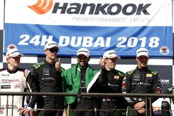 Podium: Racewinnaars #2 Black Falcon Mercedes-AMG GT3: Abdulaziz Al Faisal, Hubert Haupt, Yelmer Buurman, Gabriele Piana