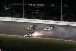 Crash: David Gilliland, RBR Enterprises Ford Fusion