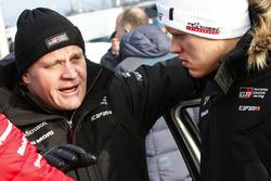 Руководитель Toyota Gazoo Racing WRC Томми Мякинен и Отт Тянак