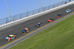 Kyle Busch, Joe Gibbs Racing Toyota, Justin Marks, Rick Ware Racing, HARRY'S Chevrolet Camaro, Matt DiBenedetto, GO FAS Racing Ford Fusion
