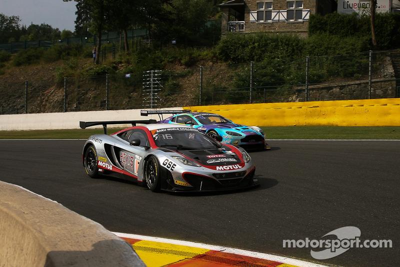 #7 Hexis Racing McLaren MP4-12C: Alvaro Parente, Stef Dusseldorp, Alexander Sims