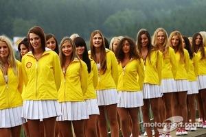 Shell grid girls