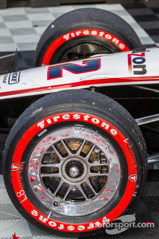 Pneus do vencedor Will Power desgastados após a corrida