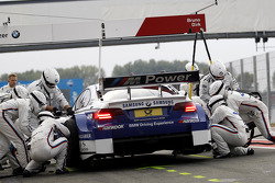 Pit stop Dirk Werner, BMW Team Schnitzer BMW M3 DTM