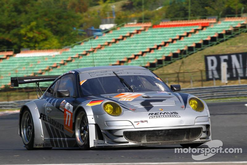 #77 Proton Competition Porsche 911 GT3 RSR: Christian Ried, Nick Tandy, Klaus Bachler