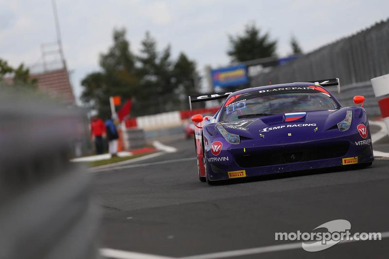 #71 SMP Racing Ferrari 458 Italia: Kiriil Ladygin, Viktor Shaitar